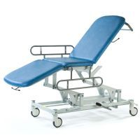 Seers Medicare 3 Section Hydraulic Couch with gas assisted backrest and Independently Locking Castors